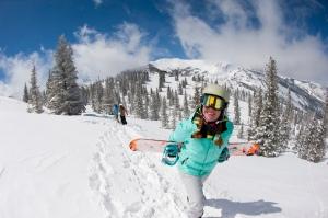 Aspen Snowboarding pic